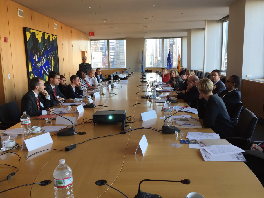 "Roundtable discussion during the UAS7-workshop on ""University-Industry Collaborations"" at the German Consulate General in New York"